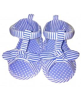 Sandales à rayures bleues