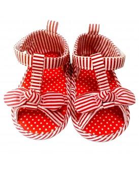 Sandales à rayures rouges
